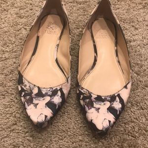 Vince Camuto floral flats size 9